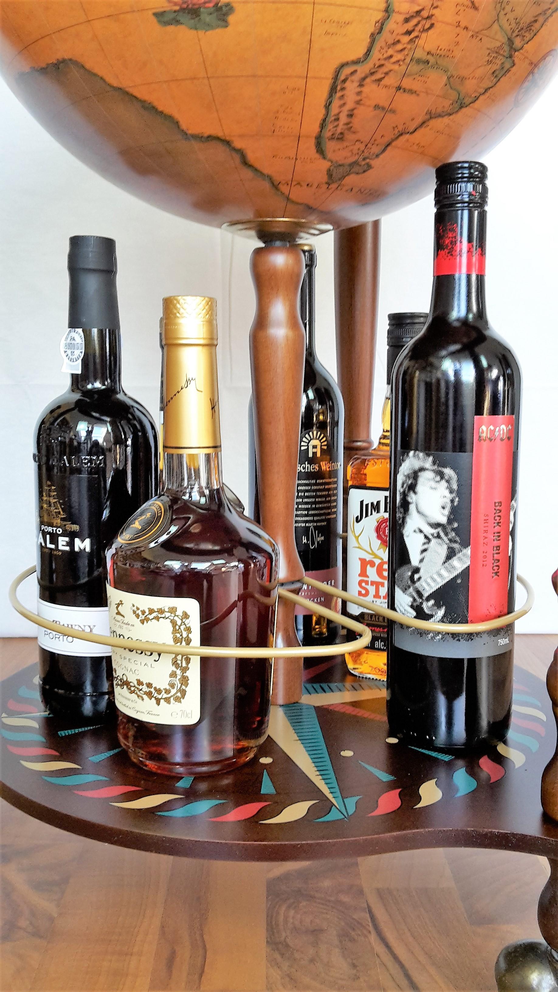 Globus Bar Minibar Enea Zoffoli untere Ablage Flaschen Minibar Barwagen 4