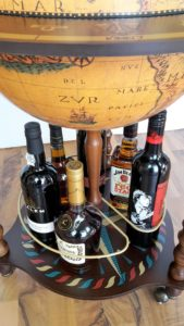 Globus Bar Minibar Enea Zoffoli untere Ablage Flaschen Minibar Barwagen 5
